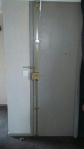 Porte réparée suite effraction